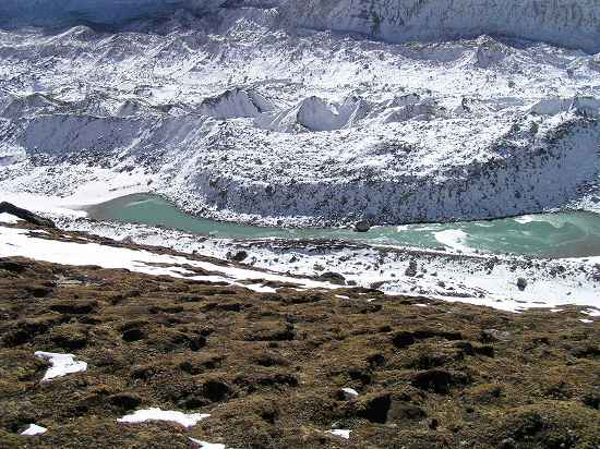 PA281151 氷河湖.jpg