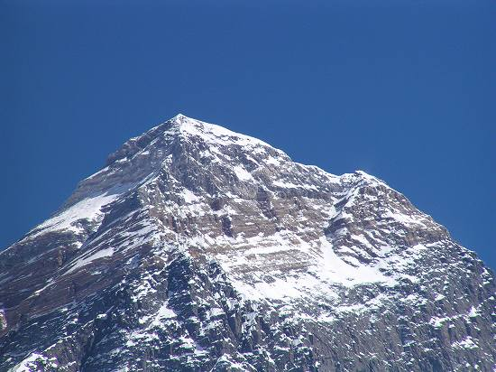 PA281206 Mt.Everest Peak.jpg